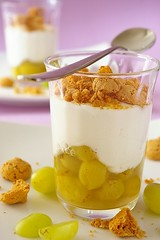 Cheesecake in the Jar (2/2) (Thorsten (TK)) Tags: food cake dessert berry sweet cheesecake grapes jar amaretti foodphotography foodpresentation freshcheese foodstyling realfoodgallery thorstenkraska