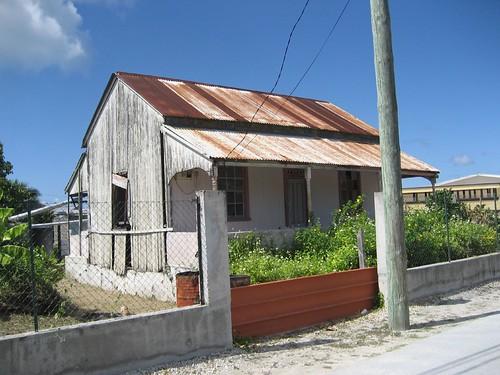 Old house, Makemo