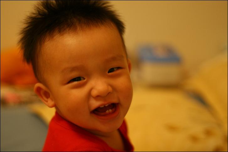 彥小白房玩(快1歲)06