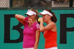 Secrets (csztova) Tags: paris nikon sportsillustrated sigma tennis 70300mm rolandgarros doubles frenchopen kirilenko d40 radwanska
