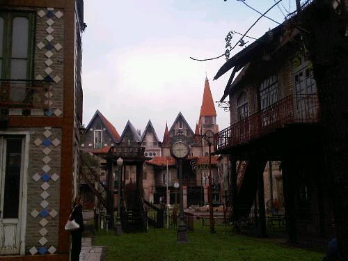 Sabias que hay una aldea medieval en Buenos Aires?