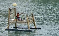 letti galleggianti (nulla) Tags: water torino po 500 acqua letto 2007 prove galleggia
