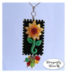 Fiery flower art bead pendant