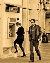 Who is that girl? (mouzhik) Tags: portrait paris canon stranger portrt sdf dab parijs pars cashmachine zemzem geldautomat cic  muzhik pary mujik parys  ruedubac   pariisi paris7 bildnis    parizo parisvii moujik  mouzhik   pars prizs