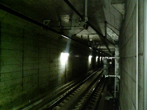 地下世界への入口