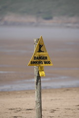 IMG_4853 (DavidQuick) Tags: holiday sign mud somerset sinking quicksand sandybay