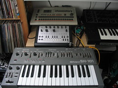 SH-101 with the brothers (Equaliser) Tags: synth roland x0xb0x sh101 proone tr707