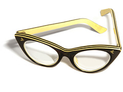 Spectacle Frame, 1950s (galessa's plastics) Tags: brazil history industry brasil vintage glasses design designer collection frame accessories product materials histria industrialdesign esdi plastics spectacle consumerculture polymer productdesign plsticos materialculture designdeproduto polmeros desenhoindustrial designhistory galessa gersonlessa histriadodesenhoindustrial histriadosplsticos plasticsindustry classicplastics