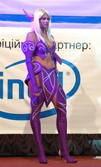 Night elf (Sergey Galyonkin) Tags: cosplay samsung ukraine warcraft wcg cybersport 2007 gameplay worldcybergames