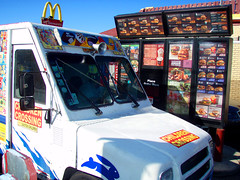 The Least Healthiest Dude (Barrybu) Tags: chicago ice america truck eating fat cream mcdonalds unhealthy