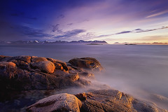MISTY MOUNTAINS (~~~johnny~~~) Tags: sea sky seascape mountains seaweed norway misty clouds norge interesting rocks smooth silhouettes norwegen artic depth fjords newplace hav subtle lowandwide elgsnes fjorder johnnymyrenghenriksen