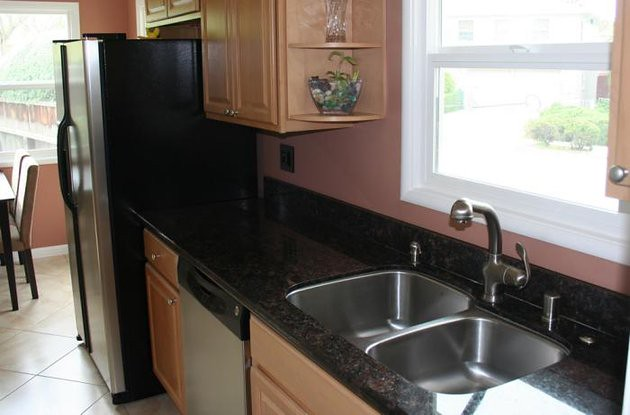 Granite Tan Brown Kitchen