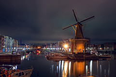 Voorhaven Rotterdam - Revised (DolliaSH) Tags: city longexposure light holland color windmill colors night canon photography lights noche photo rotterdam topf50 foto nightshot photos nacht nederland thenetherlands illuminated le topf150 topf100 nuit notte stad windmolen noch zuidholland 1755 vindmlle windmhle windpomp rijnmond southholland 2000views moulinvent 50d mulinoavento nachtopname canonefs1755mmf28isusm vderkvarn canoneos50d voorhaven dollia dollias sheombar dolliash