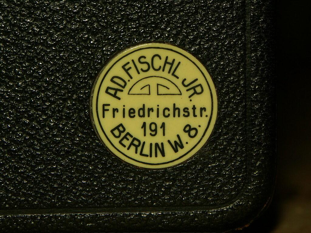Visit your friendly Berlin photo dealer