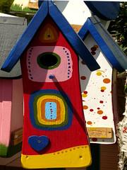 Bird houses (Marco Braun) Tags: house bird germany hessen haus colourful coloured allemagne farbig bunt landesgartenschau 2010 nauheim badnauheim vogelhaus hassia