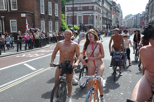 hot naked ladies shaved pussy girls pics: ride, naked, 2010, bike, shavedpussy, london