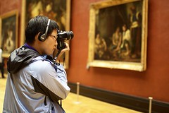 Louvre Museum (Gwenal Piaser) Tags: november paris france museum 35mm canon eos photographer louvre muse headphones canoneos 1000 2010 35mmf14 50d 35l canonef35mmf14lusm eos50d canoneos50d ef35mmf14lusm unlimitedphotos gwenaelpiaser