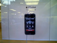 iPhone Display @ Clarendon, VA Apple Store