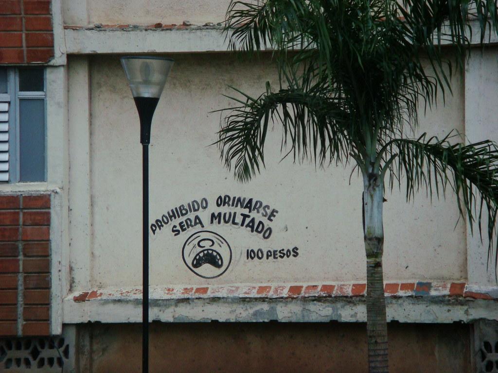 Cuba: fotos del acontecer diario 1346716516_4c71a8254a_b