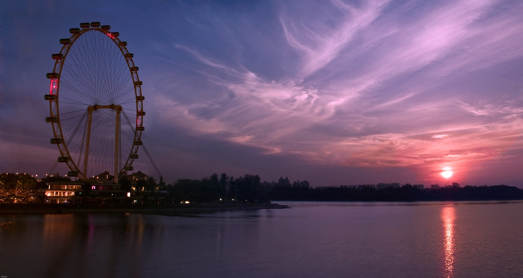 Sun Rise at Singapore Flyer  ??????????