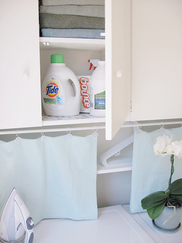 laundry room+white+aqua -4-2