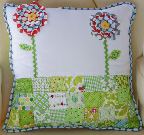 Ragged Flower Pillow