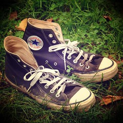muddy waters in my shoes (*_**_*_*_) Tags: autumn black grass square lomo shoes blues converse taylor chuck