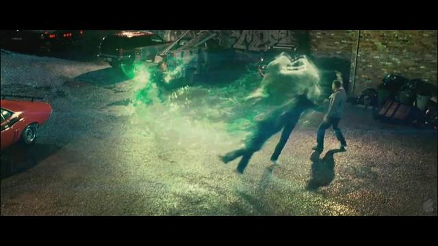 Linterna Verde escena Hal puñete