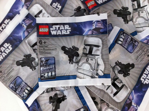 Send An Email, Win A White Fett