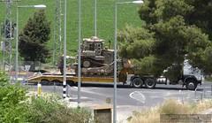 Israel 2007-06-07 IMG_0991 (Exothermic) Tags: truck israel transport caterpillar lorry valley dozer  semitruck bulldozer flatbed jezreel d9   megiddo   yizrael   armoredbulldozer  9