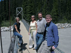Michelle, Monika, Rocky and Chris (monkeys with tails) Tags: park chris friends mountains michelle alberta monika banff 2007