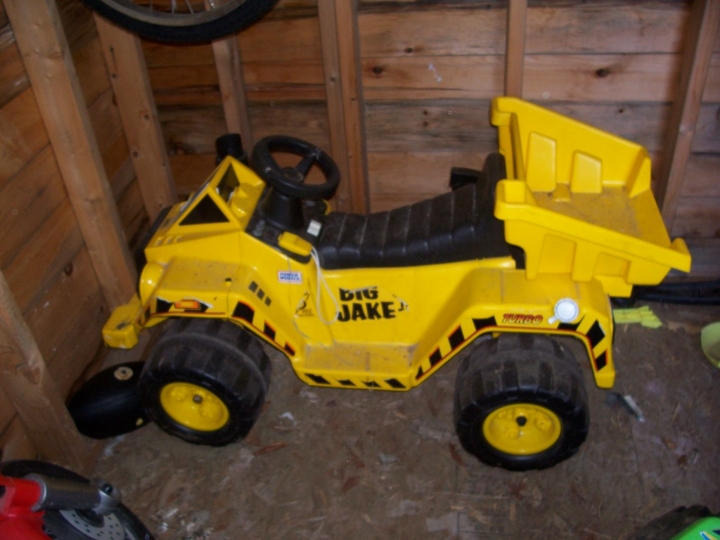 $100 FP Power wheels dumptruck