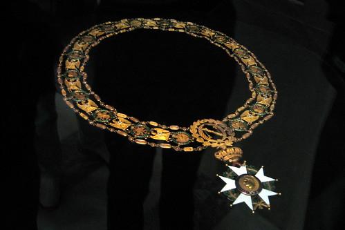 Paris - Hôtel des Invalides - Dôme Church - Ceremonial necklace of the Order of the Legion of Honour par wallyg