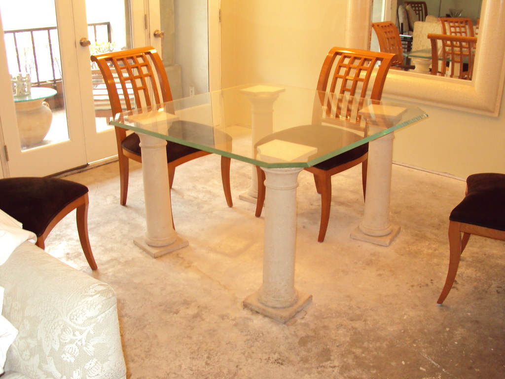 TRAVERTINE MARBLE DINING TABLE