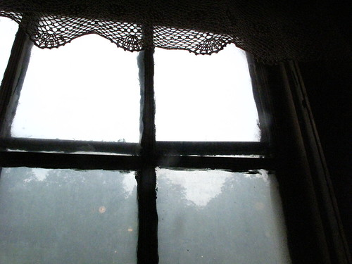 window, valle crucis