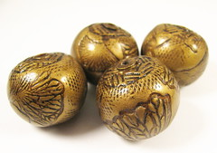 Faux Antique Brass Gingko Leaf Focal Beads (1)
