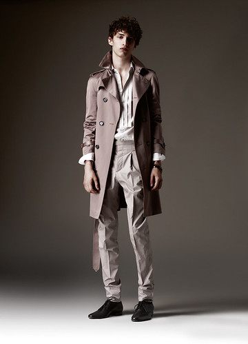 Charlie France0140_SS10 Burberry Pre-Collection(Official)