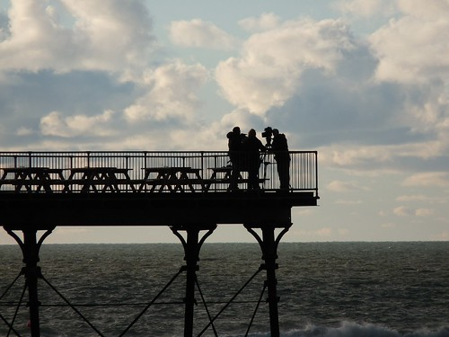 23677 - BBC Autumnwatch on Aber Pier
