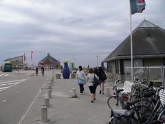 Bloemendal - parcheggio (a.turchetto) Tags: amsterdam zeppelin alberto bici lucia alessandro