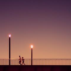 Jogging (96dpi) Tags: bridge sunset woman man silhouette streetlight pair paar silhouettes runners mann railing frau jogging brücke laufen geländer läufer
