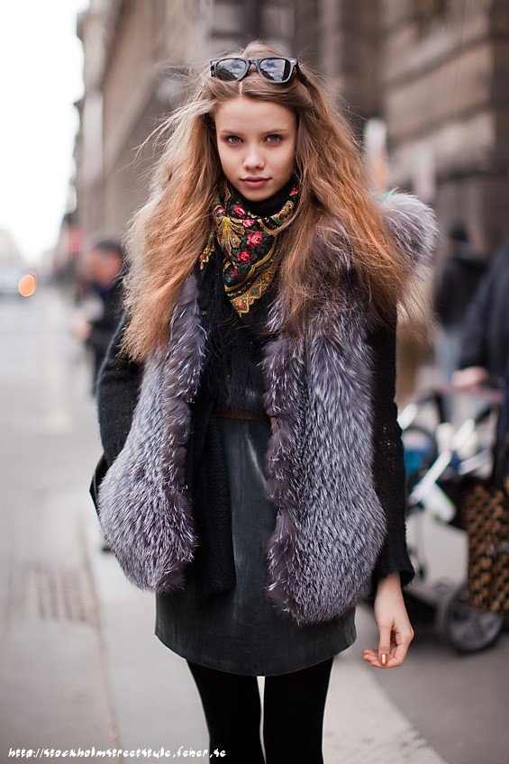 Stockholm street style_scarf-04