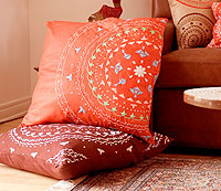 Om Home - embroydered pillows