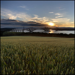 Mons Hill - Forth Bridges (rg250871) Tags: scotland edinburgh forth southqueensferry forthroadbridge forthbridges forthrailbridge monshill canonef1635mmf28lusm robbiegraham dalmenyestate