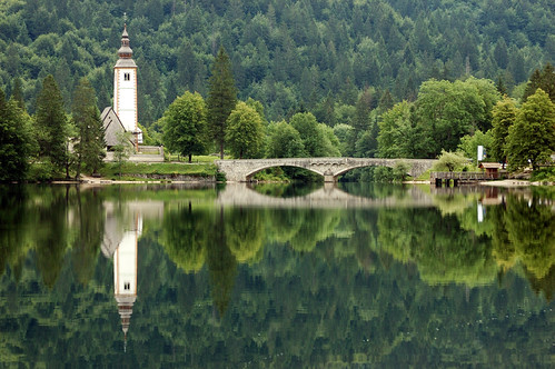 Lago Bohinj, Eslovenia