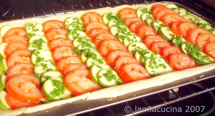 Tomaten-Zucchiniwähe im Ofen