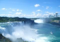 Niagara Falls August 2006 (Eye8Pudding) Tags: nature water tag3 taggedout niagarafalls waterfall tag2 tag1 niagara waterfalls naturalbeauty wonderoftheworld niagarafallsny naturesbeauty niagarafallsnewyork cityofniagarafalls naturalwonderoftheworld