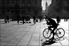 Torino 0009 (malko59) Tags: street people urban blackandwhite bicycle torino turin biancoenero italians decisivemoment bwemotions passionphotography diecicento focuslegacy artlegacy malko59 marcopetrino