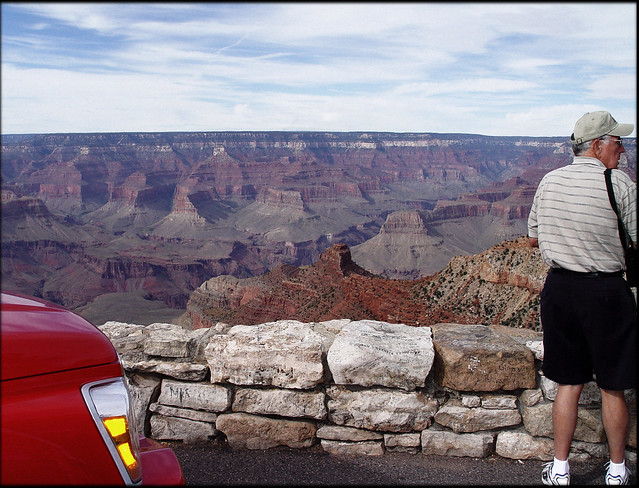 Grand Canyon, Tourist with Striped Shirt