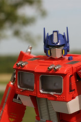 optimus (chrisglass) Tags: transformers optimusprime gizmos iphonewallpaper