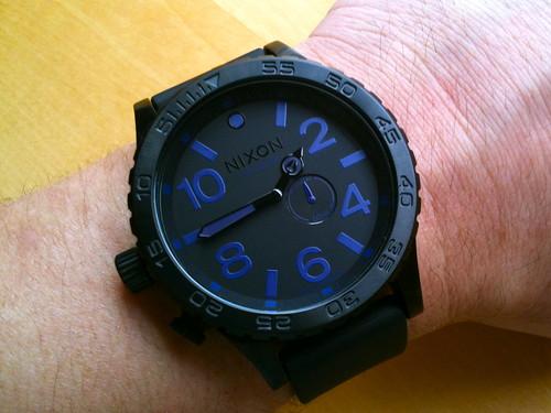 black sports 30 purple arm time watch large diving nixon timepiece 51 piece tides dials 5130